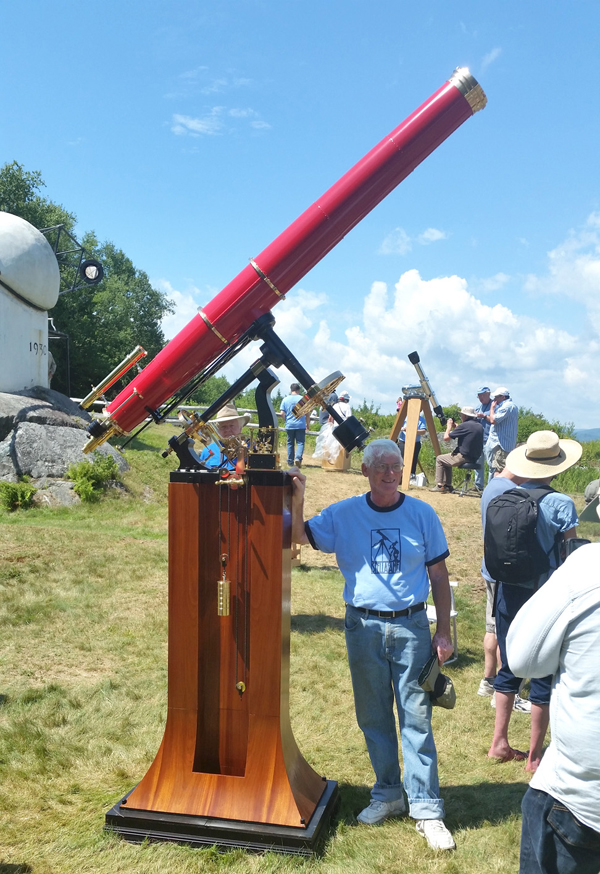 Dick Parker with his prize-winning telescope. (Photos by Mike Zarick.)